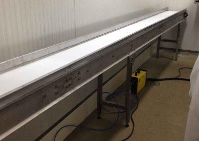 Hosszú szállítópálya: egyszerű hajtással vagy PLC vezérléssel